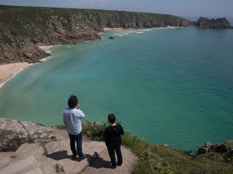 Poldark's Cornwall: Tourist board slated in stay away row
