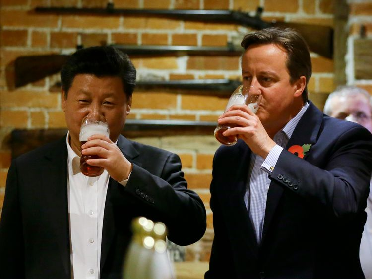 David Cameron and Xi Jinping enjoyed fish and chips together in 2015