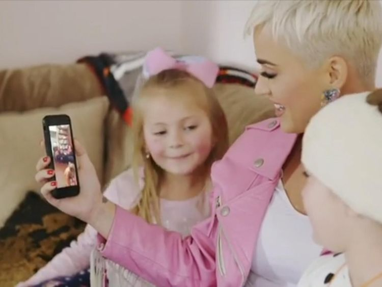 Katy Perry makes a surprise visit to a sick young fan