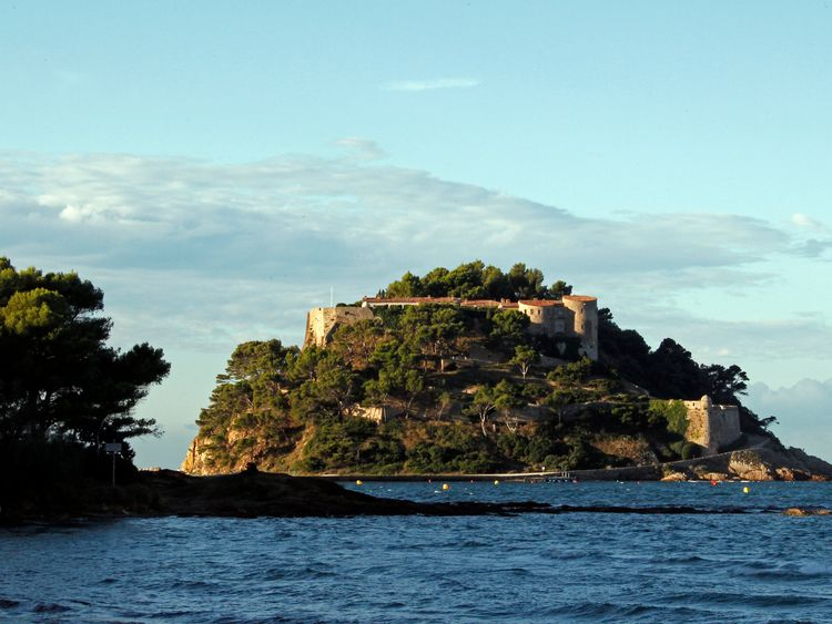 Le Fort de Bregancon serves as a summer retreat for French leaders
