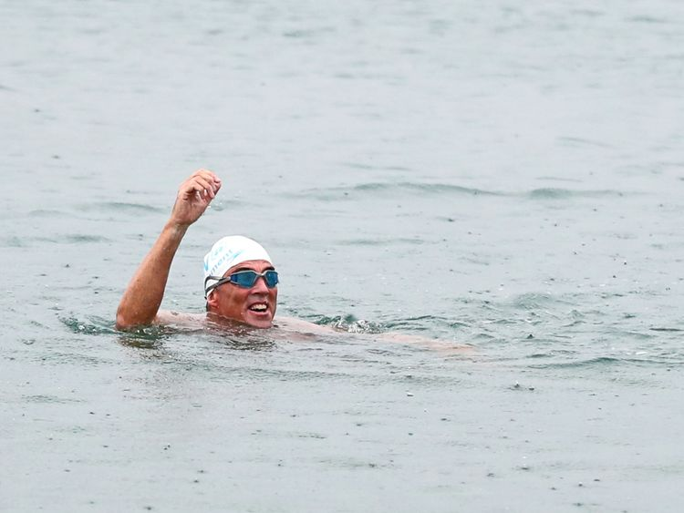 Lewis Pugh swims into Shakespeare Beach