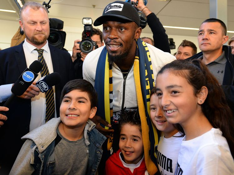 Bolt arrives for Mariners A-League trial