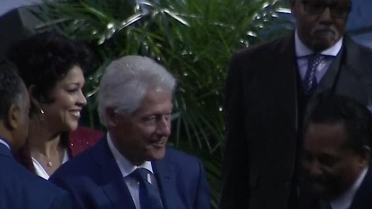 The Clinton's arrive before speech at Aretha's funeral