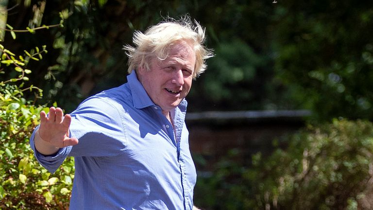 Boris Johnson arriving at his home in Oxfordshire