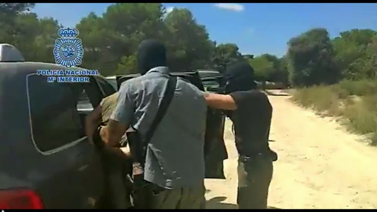 Armed Spanish police arrest Brech after a tip-off