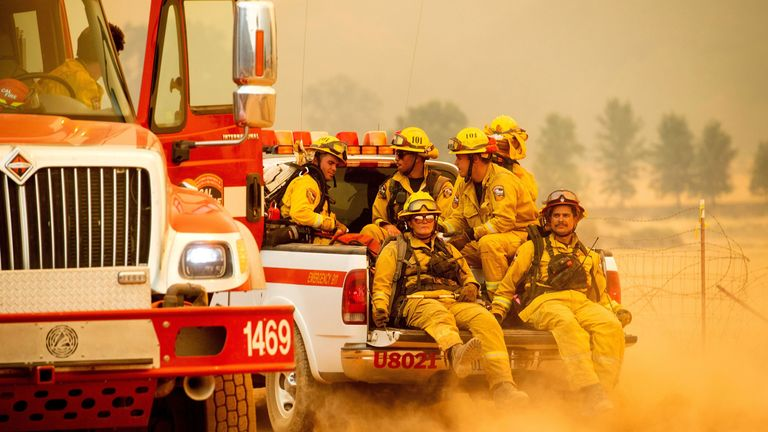 firefighters on route to tackle the Mendocino Complex Fire