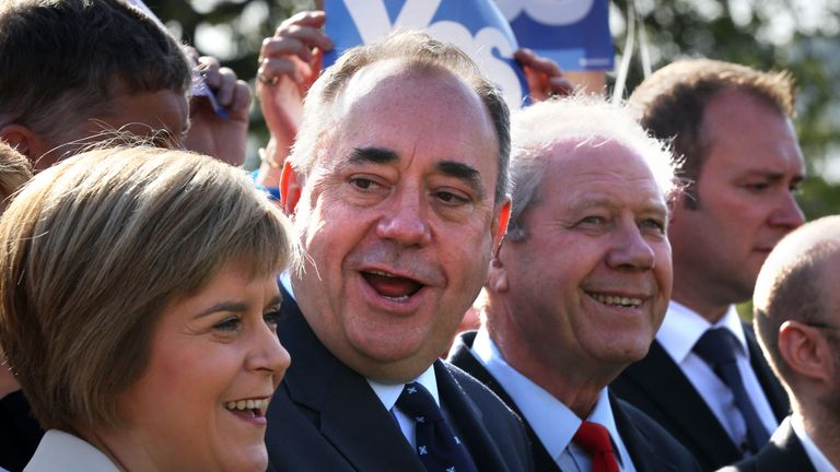 Jim Sillars (r) said many people in Scotland will be sad to hear about Mr Salmond's resignation