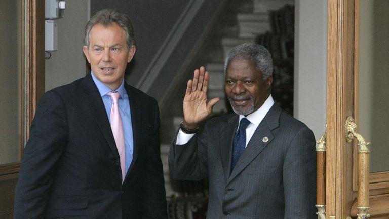 Tony Blair with Kofi Annan in 2006