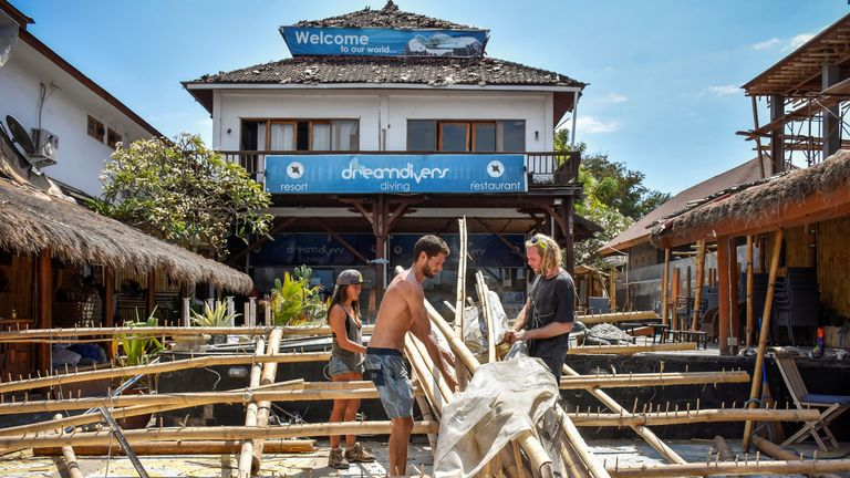 Foreign restaurant owners try to rebuild their business on Gili Trawangan