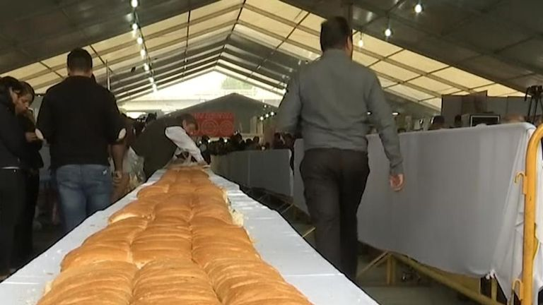 A very long sandwich is made in Mexico City