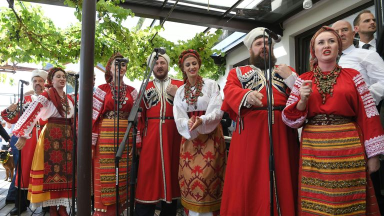A traditional Don Cossack Choir performed at the wedding