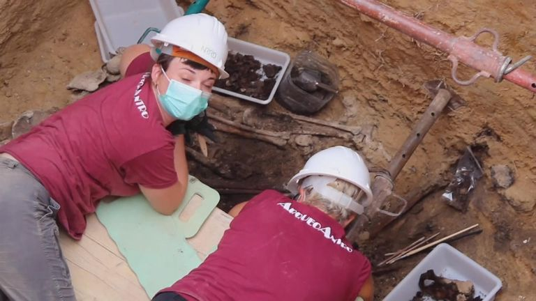 Forensic archaeologists in eastern Spain have unearthed the remains of some of the 100 people believed to have been executed by the Franco regime near Valencia at the end of Spain's Civil War eight decades ago. - APTN