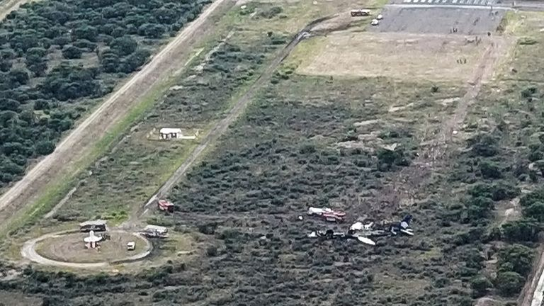 Wreckage of crashed plane in Mexico