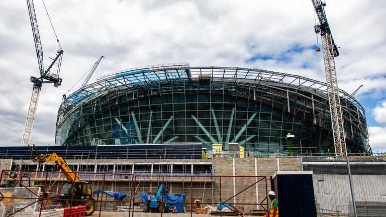 Tottenham's stadium move pushed back