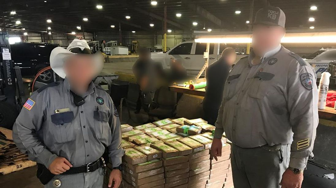 $18M worth of cocaine found in bananas given to Texas prison