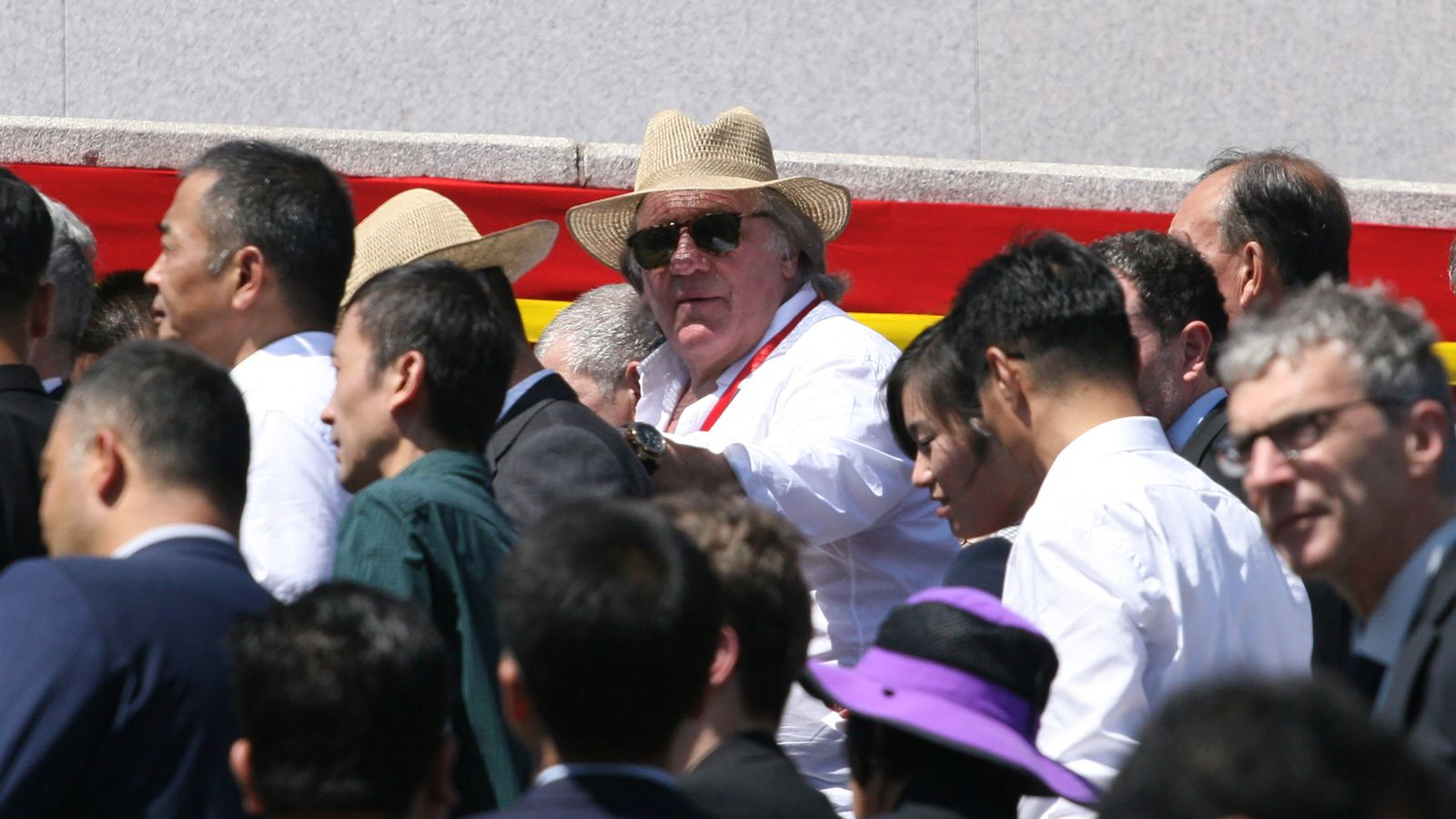 Depardieu became the personification of a citizen of the USSR 04/06/2013 100
