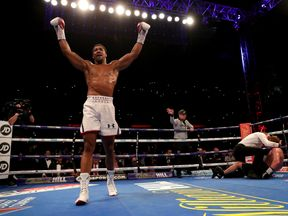 Anthony Joshua won thanks to a seventh-round stoppage