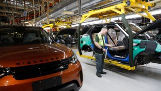 Car industry demands 'no-deal' Brexit ruled out