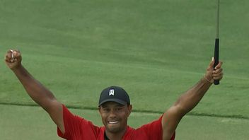Tiger Woods wins first PGA match in five years