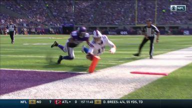 Rookie Allen dives in for 10-yard TD