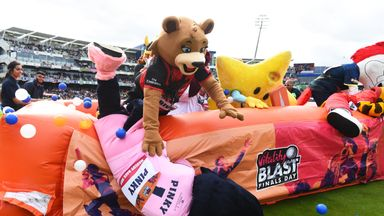 Who won the 2018 Mascot Derby?