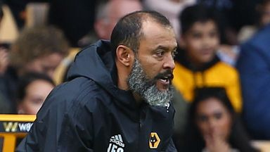 Nuno ignores Man Utd speculation