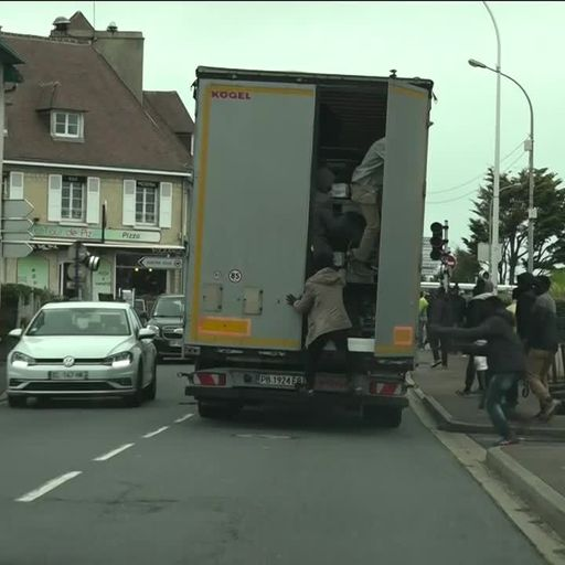 Tensions spread beyond Calais as migrants desperately dash to catch UK-bound lorries