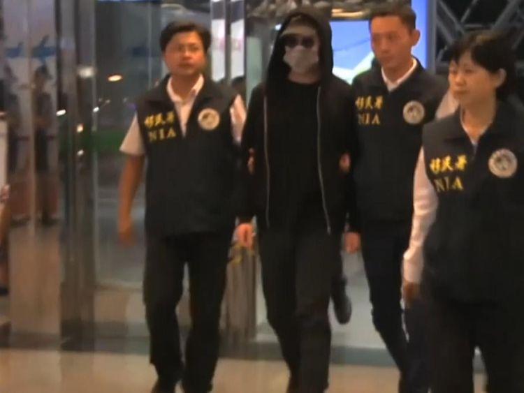 Cody Wilson disguised himself when he left Taiwan