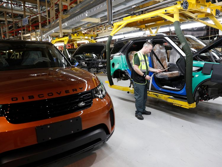 'No-deal' Brexit could cost €60m a day, Jaguar boss warns