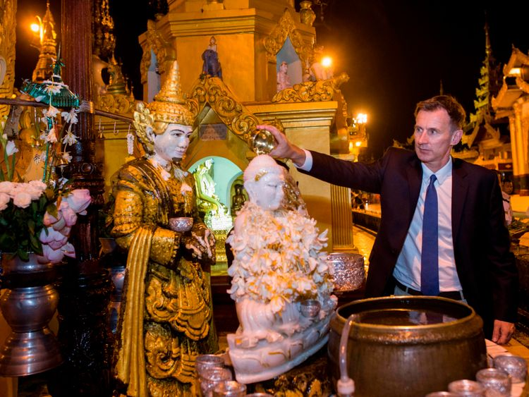 Mr Hunt has visited the Shwedagon Pagoda on his trip