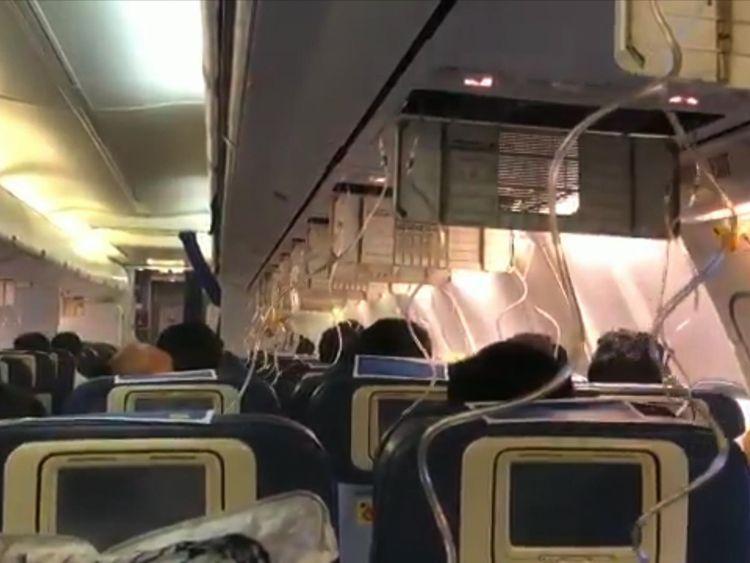 Nosebleeds as flight crew forget to flick pressure switch