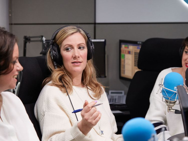 BBC presenter Rachael Bland dies from cancer aged 40