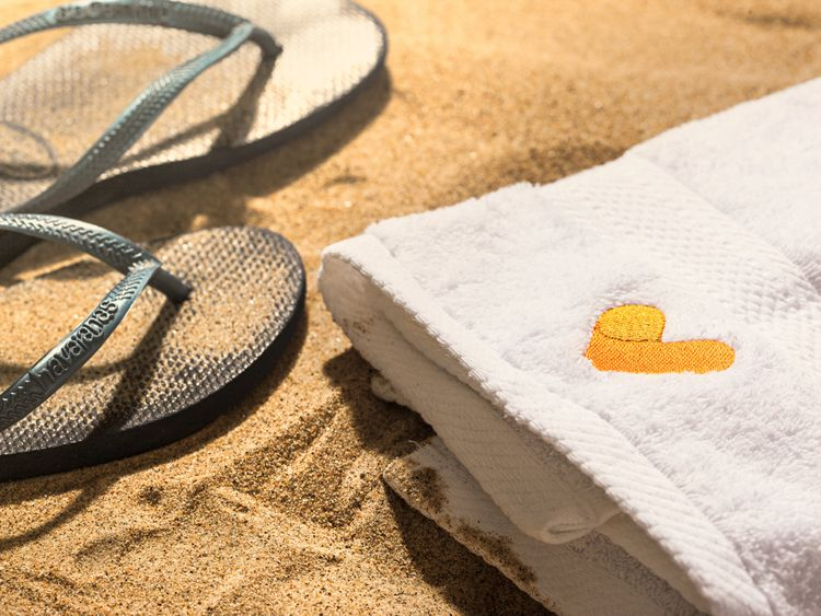 Thomas Cook issues profit warning after struggling to sell late summer holidays