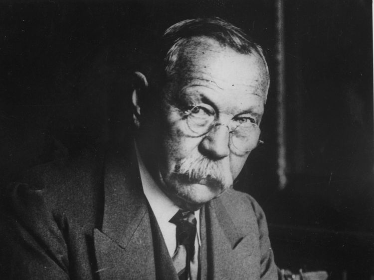 Sherlock Holmes novelist Sir Arthur Conan Doyle wanted to use the photos to accompany his magazine article on fairies