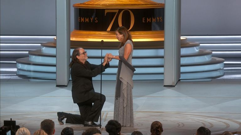 Glenn Weiss proposes to his girlfriend after winning his Emmy