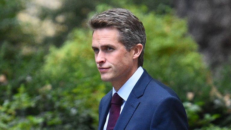 Defence Secretary, Gavin Williamson, arrives in Downing Street