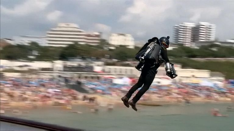 Jet Pack pilot crashes after engine inflames