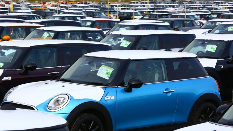 Newly built Minis are seen at the BMW Mini plant in Oxford, Great Britain, January 17, 2017. / AFP PHOTO / GEOFF CADDICK (Photo credit should read GEOFF CADDICK/AFP/Getty Images)