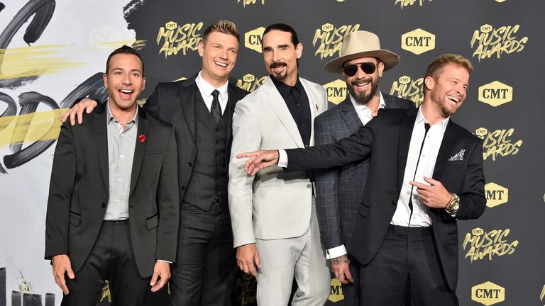Carter (second left) with band mates Howie Dorough, Kevin Richardson, AJ McLean and Brian Litrell