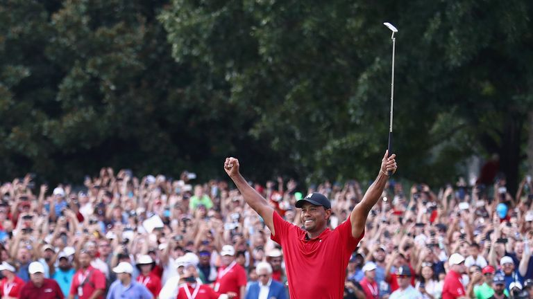 Woods made par on the 18th green to win the TOUR championship