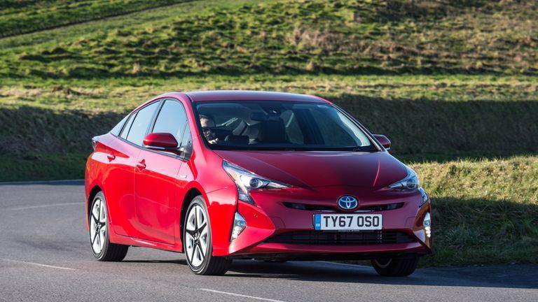 Toyota Hybrid Cars >> Toyota Recalls One Million Hybrid Cars Worldwide Over Fire Risk