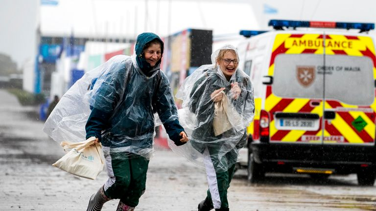 People brave the weather in Tullamore, Co. Offaly, Ireland