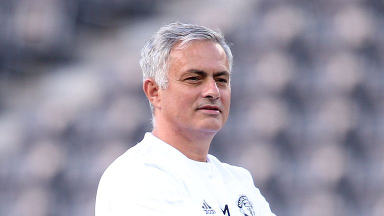 Mourinho scathing over United's attitude after Wolves draw