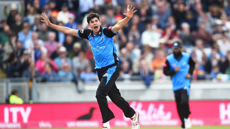 Worcestershire's 20-year-old seamer Pat Brown took 4-21 as the Rapids beat Lancashire Lightning to reach the Vitality Blast final.