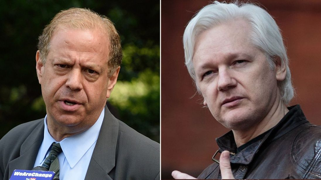 Joshua Dratel (L) has agreed to represent WikiLeaks in court