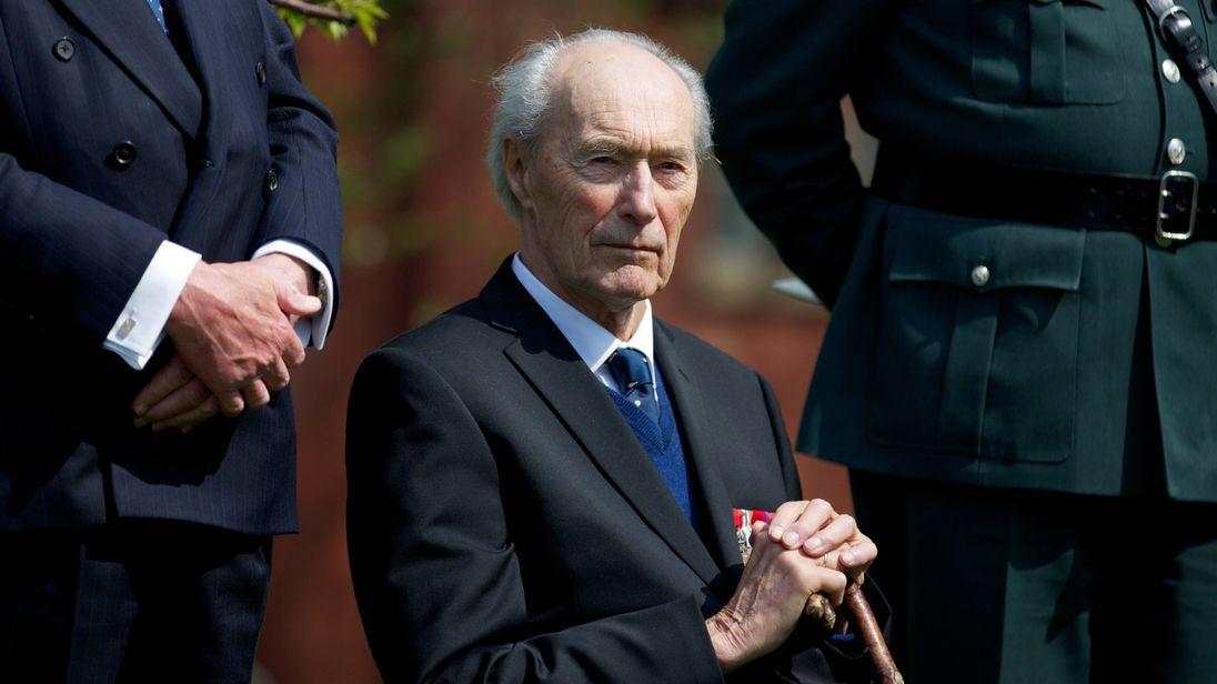 Joachim Roenneberg, 'Hero' Who Foiled Nazis' Nuclear Dreams, Dies