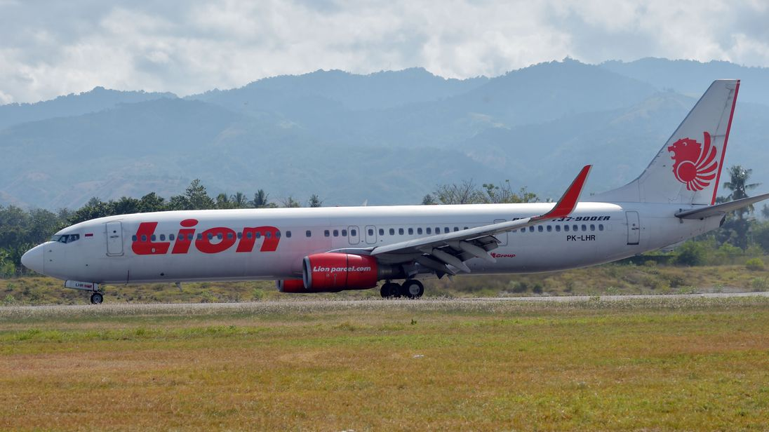 Lion Air: Crashed Indonesian plane's black box found