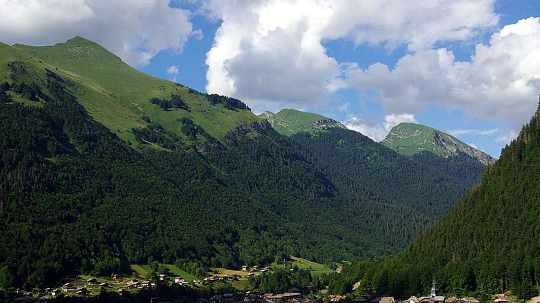 British Mountain Biker Has Been Shot Dead In The French Alps