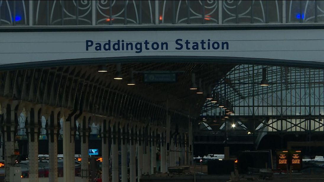 Paddington station grinds to a halt after test train damages overhead wires