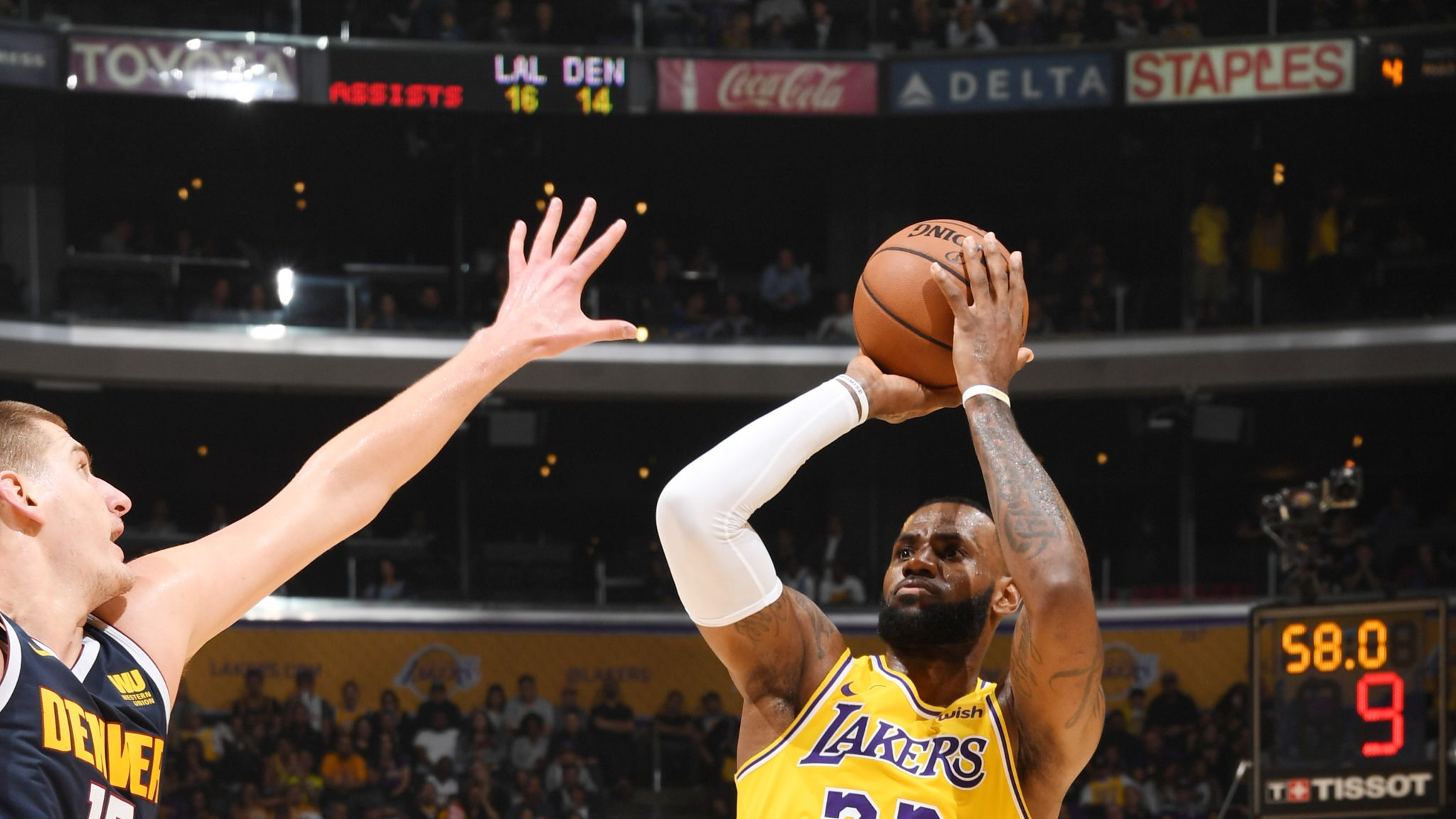 ab27187ef935 LeBron James posts triple-double as Los Angeles Lakers beat Denver Nuggets